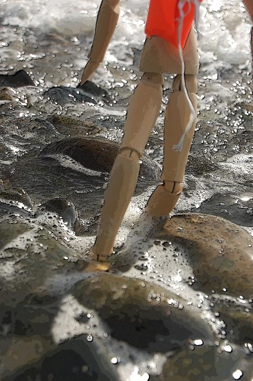 Splashing slippery soapsudsy waves
